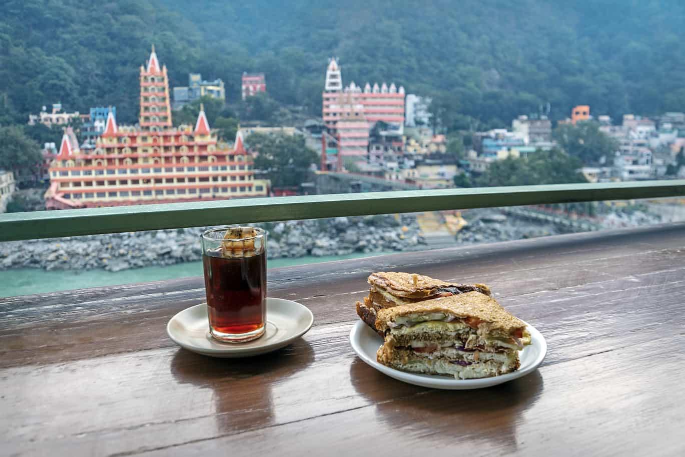 5 Best Cafes And Restaurants Near Blue Jay For An Ideal hangout – Eat Close
